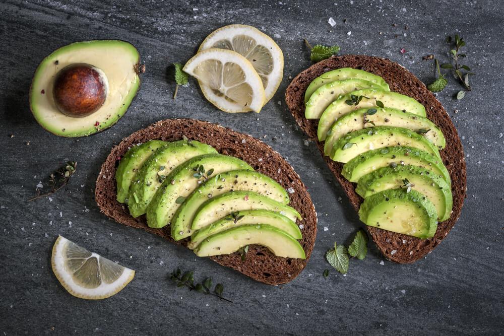 生髮食物-有助頭髮再生的食物-牛油果