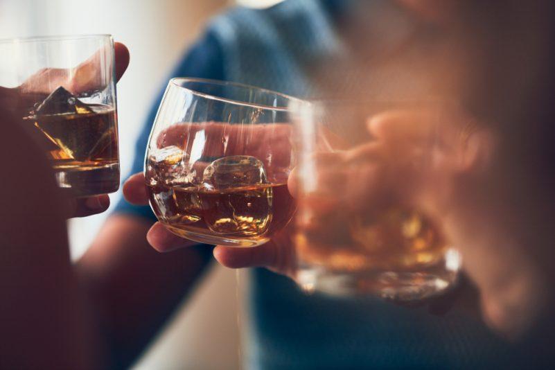 肥仔波成因-過量飲酒