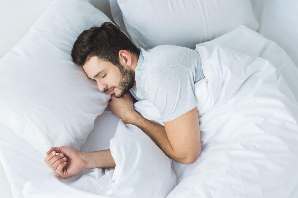 缺乏睡眠會導致胃腩