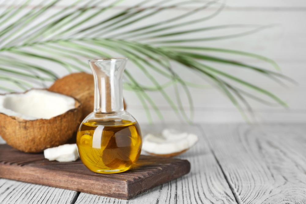 不當使用椰子油易堵塞毛孔