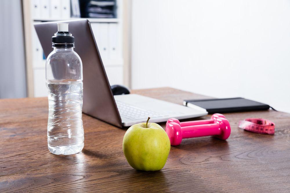 多喝水可以減胃腩